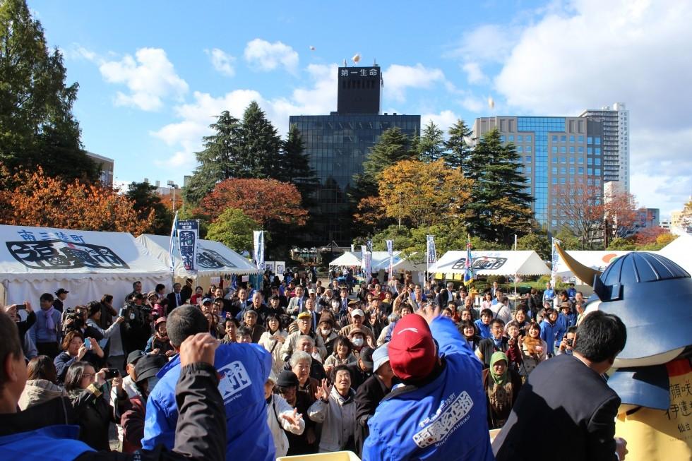 明日は福興市が開催されます。