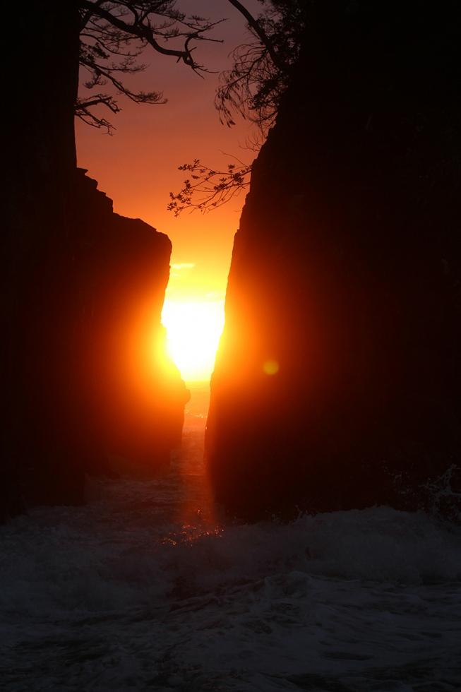 景勝地『神割崎の日の出』