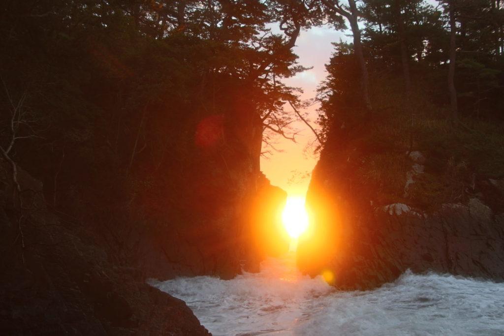 【期間限定】10月下旬「神割崎」の日の出